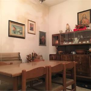 Semi Detached House for Sale in Lucca