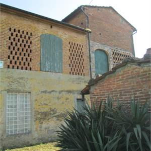 Countryhouse for Sale in Lucca